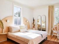 Бра в спальню — интересные идеи и советы по выбору под дизайн интерьера спальни (140 фото)
